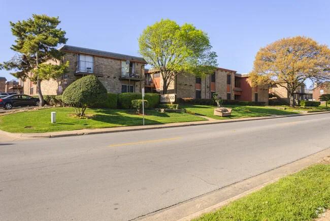 Oakwood Apartments Dallas Tx