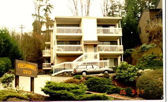 Freshwinds Apartments Apartments - Kirkland, WA ... on Rentals In Kirkland Wa id=34636
