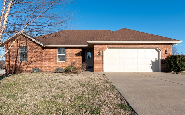 https www forrent com find mo metro southwest missouri county greene extras house
