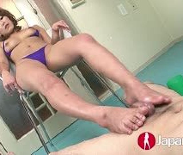 He Gets Foot Sex From The Asia Girl After The Blowjob