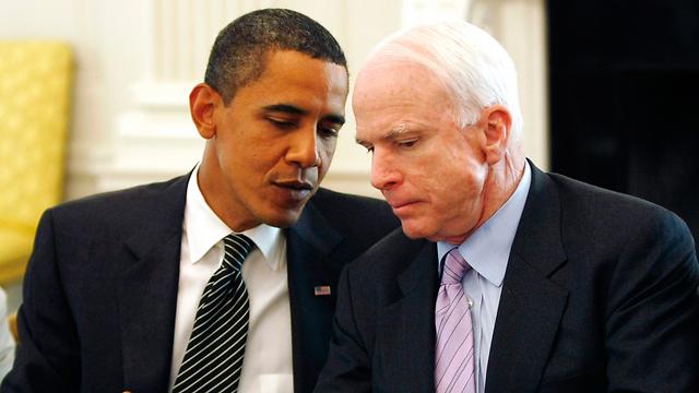 McCain with Barack Obama (Photo: Reuters)