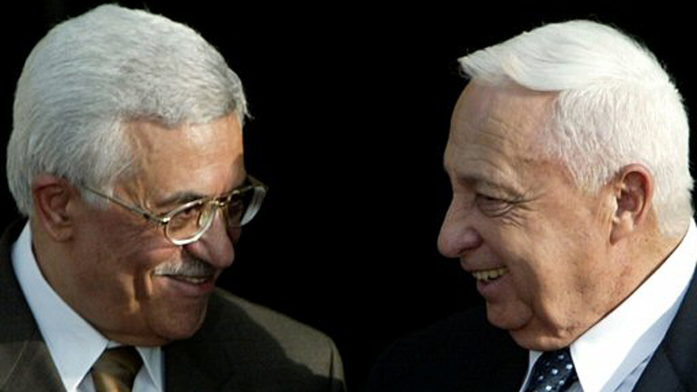 Sharon with Palestinian President Abbas. 2003 (Photo: Reuters)