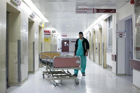 Pasillos de hospital (Foto: Ohad Tzoignberg)