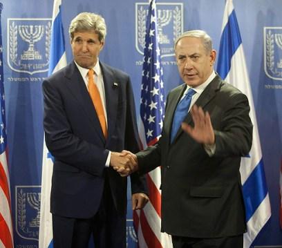 John Kerry and Benjamin Netanyahu (Photo: Motti Milrod)