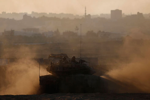 IDF forces on Gaza (Photo: Reuters)
