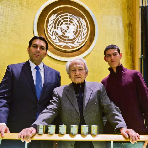Ambassador Danny Danon with Noah Klieger and his grandson Yuval (Photo: Harel Rintzler)