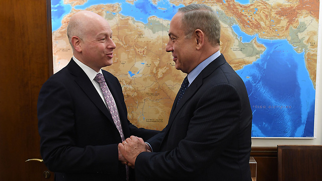 Greenblatt (L) and Netanyahu (Photo: Kobi Gidon/PMO)