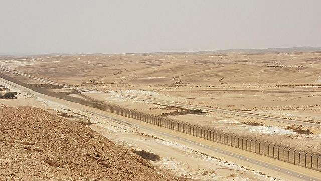 Israel/Egypt border (Photo: Roi Kais)