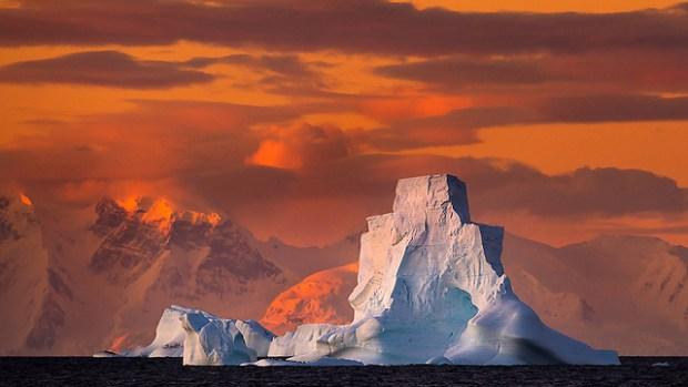 Закат в Антарктике глазами Рои Глица