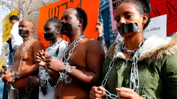 Демонстрация нелегалов. Фото: AFP (Photo: AFP)