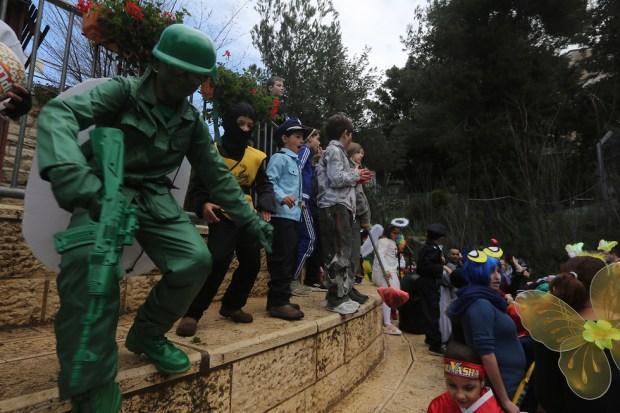 Ложись! Спецназ на марше. Фото: Гиль Йоханан