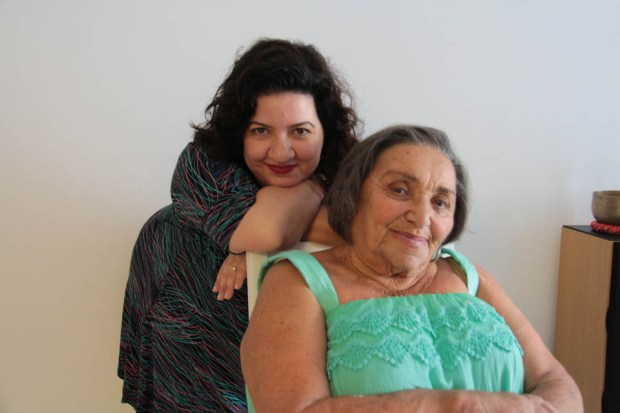 Раиса Борисовна Синицына с внучкой. Фото из личного архива
