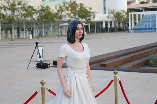 Culture and Sports Minister Miri Regev Statue on Habima Square (Photo: Motti Kimchi)