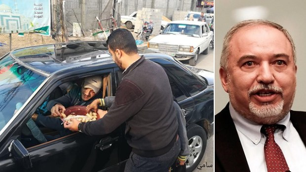 """Отставку Либермана в Газе отмечали как """"великий праздник"""". Фото: ЕРА"""