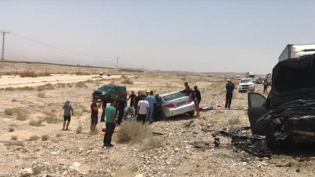 Un grave accident de la route dans l'Arava (Yuval Sagi)