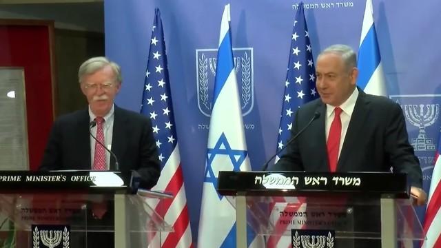 John Bolton et Benjamin Netanyahu au bureau du Premier ministre à Jérusalem dimanche (Photo: Roni Knafo)