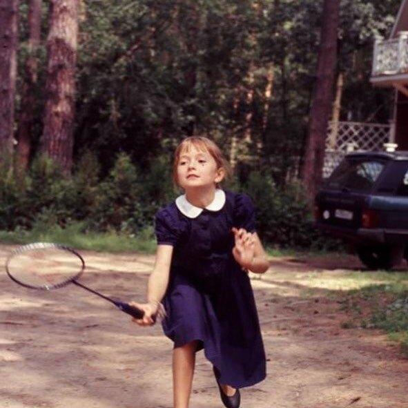 Надежда Михалкова выложила детское фото   Журнал Домашний очаг