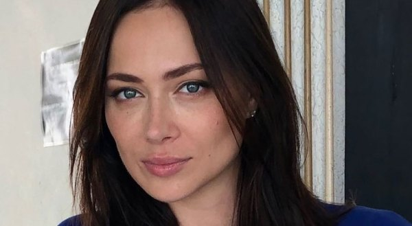 32-летняя Настасья Самбурская обнажила ягодицы на новом ...