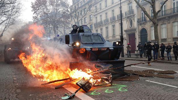 Resultado de imagen de protesta paris 8 diciembre