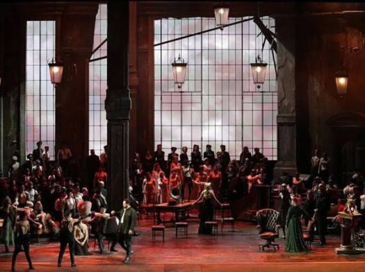 Prima della Scala: «Crediamo al dialogo e non agli insulti». Gli Unni di Verdi ispirano patti e duelli. Antagonisti in corteo contro Salvini