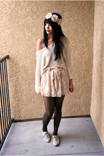 ivory oxfords Forever 21 shoes - white knit Forever 21 sweater - light pink lace