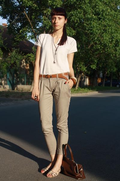White-vintage-blouse-beige-stradivarius-pants-white-random-shoes-brown-thr_400