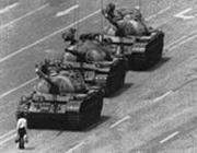 Il celebre scatto delle proteste di piazza Tienanmen