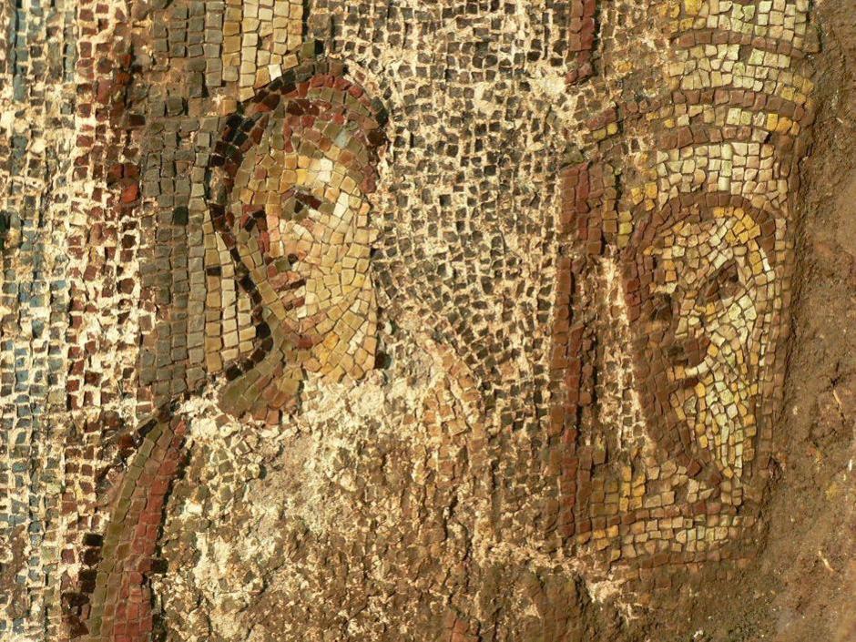 I mosaici dentro al cantiere di Colle Oppio