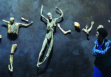 Imitazione di Cristo di Roberto Cuoghi, opera per il Padiglione Italia della Biennale (foto Afp)