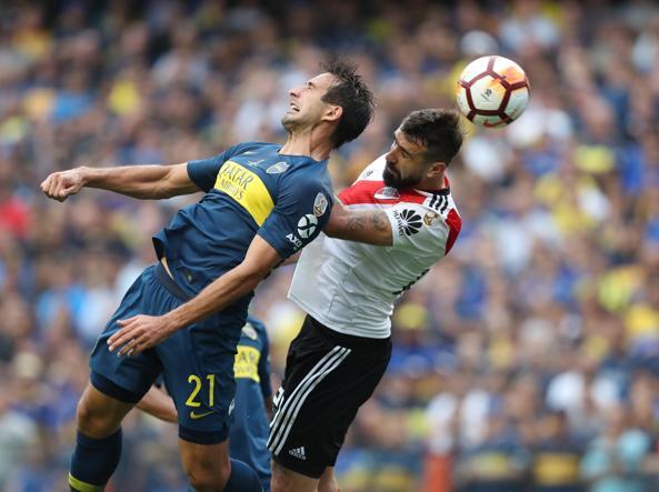L'autogol decisivo di Izquierdoz che decide l'andata della finale di Copa Libertadores. Foto: Epa.