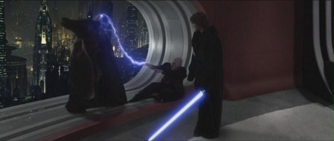 https://i1.wp.com/images2.fanpop.com/image/photos/12200000/Star-Wars-Revenge-of-the-Sith-mace-windu-12231300-1599-677.jpg?resize=687%2C291