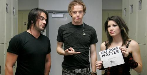 Sick Puppies photo