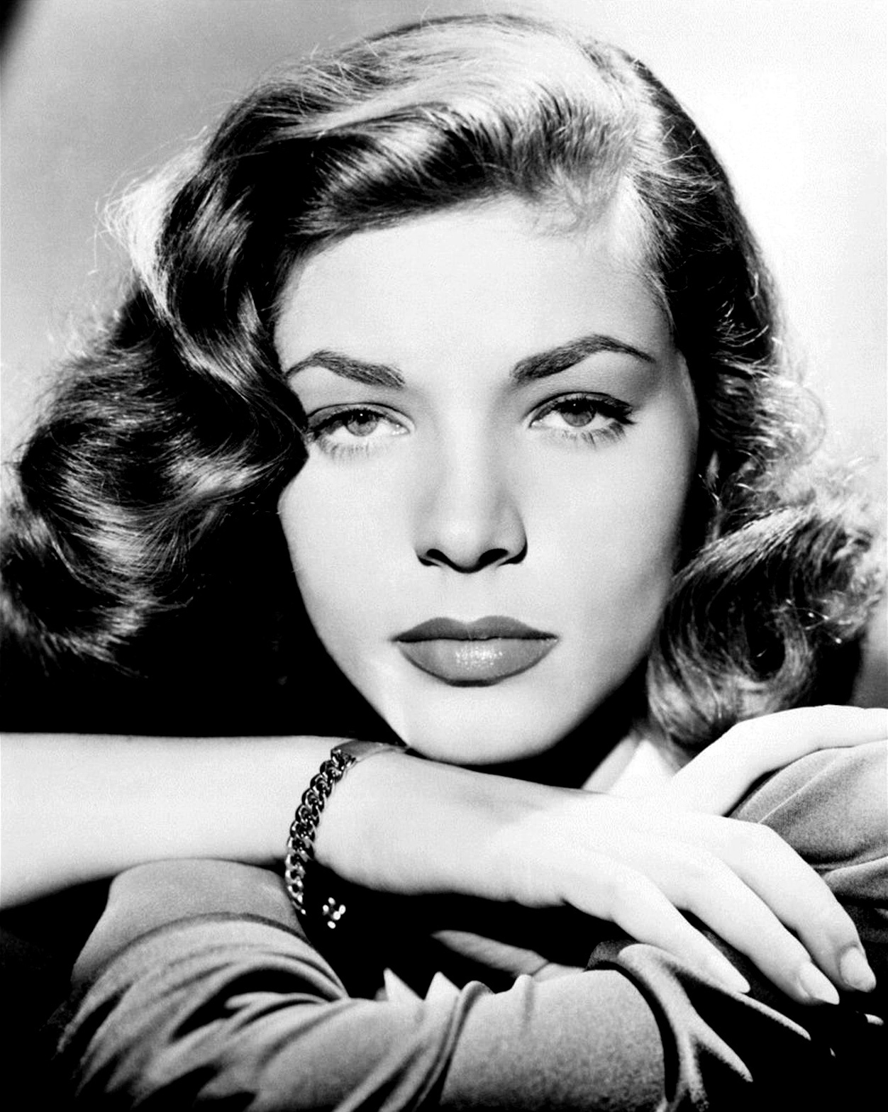 Raquel Monteza (b. 1955)