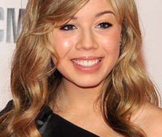 Female Ass Kickers Does Sam Puckett Count As A Female Ass Kicker To You