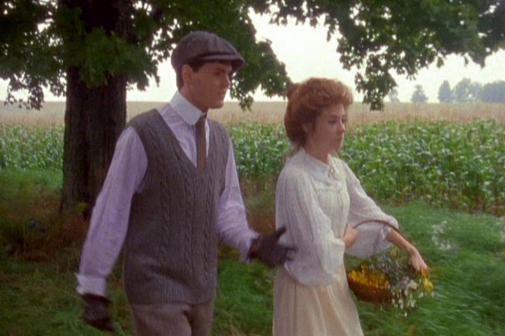anne of avonlea essay Chronicles of avonlea is lm montgomery's fifth book, first published in june 1912 by boston publisher lc page and company it is the third of eleven books to feature montgomery's protagonist anne shirley blythe, preceded by anne of green gables (1908) and anne of avonlea (1909) and.