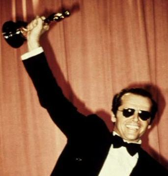 https://i1.wp.com/images2.fanpop.com/images/photos/4800000/Jack-with-an-Oscar-mr-jack-nicholson-4839611-342-358.jpg