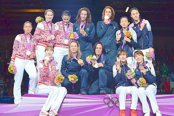 Il podio completo: oro Italia, argento Russia, bronzo Corea del Sud. Afp
