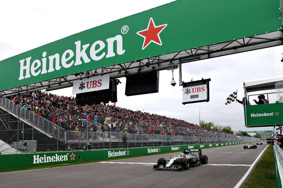 La Mercedes di Lewis Hamilton, due volte campione della Formula 1 che vince il Grand Prix du Canada 2016, foto: AFP