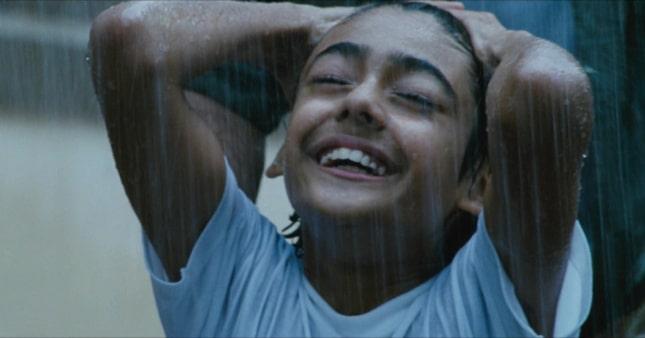 Do Paise Ki Dhoop Chaar Aane Ki Baarish 2009