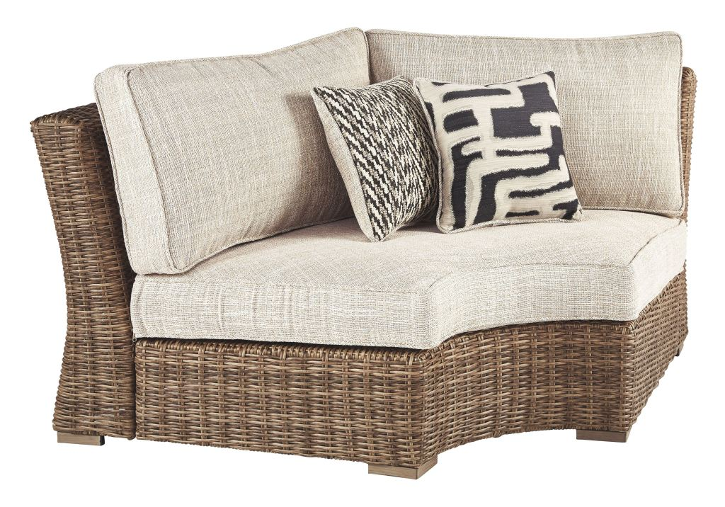 Signature Design by Ashley Outdoor/Patio Beachcroft 6 ... on Beachcroft Beige Outdoor Living Room Set  id=90607