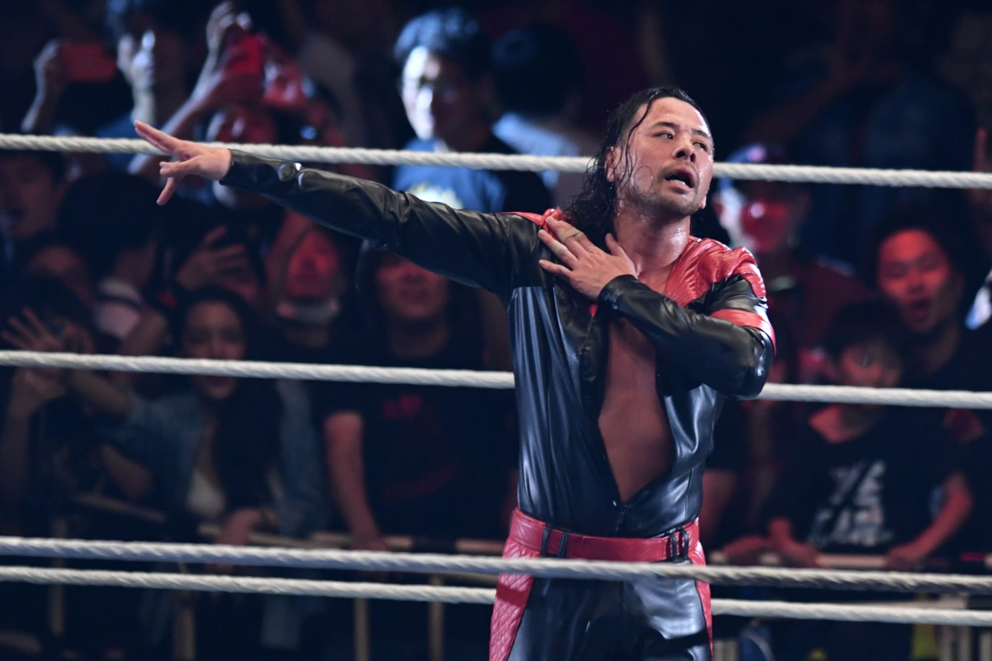 WWE gave us the old Shinsuke Nakamura, and another flat finish.