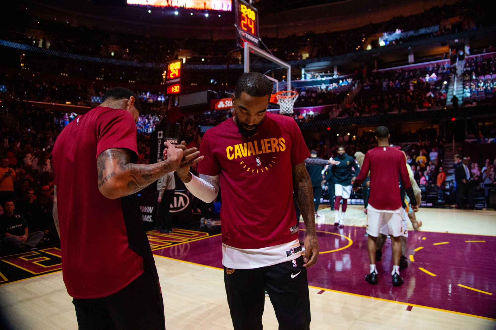 Photo of Why did J.R. Smith beat a protester in Los Angeles?