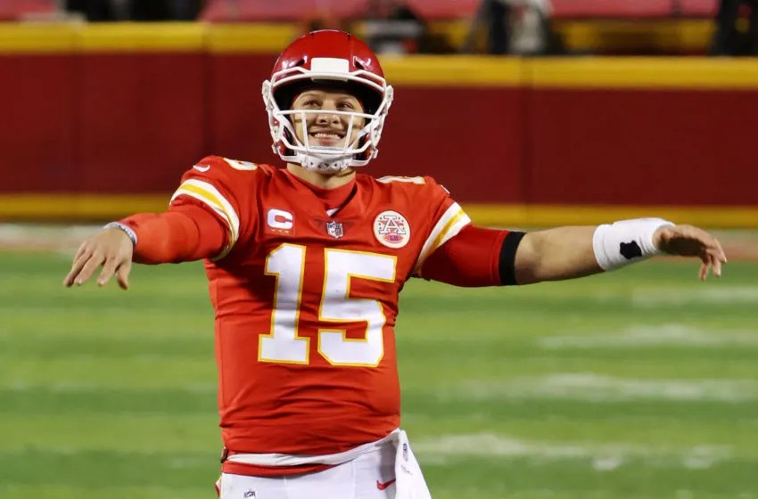 KANSAS CITY, MISSOURI - JANUARY 24: Patrick Mahomes #15 of the Kansas City Chiefs celebrates in the fourth quarter during the AFC Championship game against the Buffalo Bills at Arrowhead Stadium on January 24, 2021 in Kansas City, Missouri. (Photo by Jamie Squire/Getty Images)