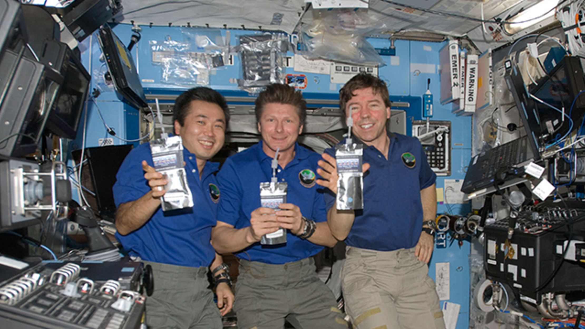 How Do Astronauts Get Drinking Water on the ISS? | Mental ...