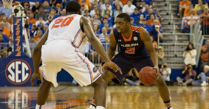 Image result for Florida Gators vs Auburn Tigers live college basketball