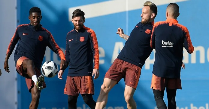 Three Barcelona Stars Unhappy With Lionel Messi Over Neymar Transfer - Report 1