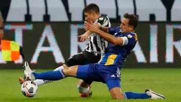 Carlos Izquierdoz, Mineiro's strikers' worst nightmare.