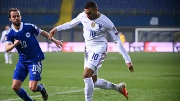 Mbappé and Pjanic, protagonists of the final stretch of the transfer market