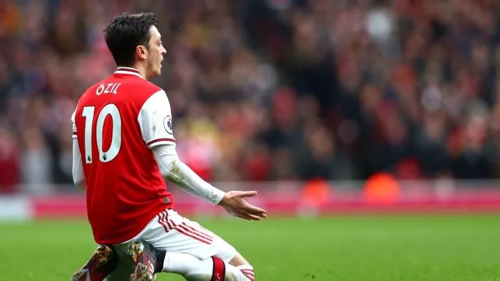 Mesut Ozil drops major hint over Fenerbahce move