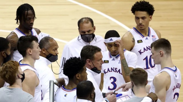 Eastern Washington vs Kansas spread, line, odds, over/under and prediction for NCAA Tournament game.